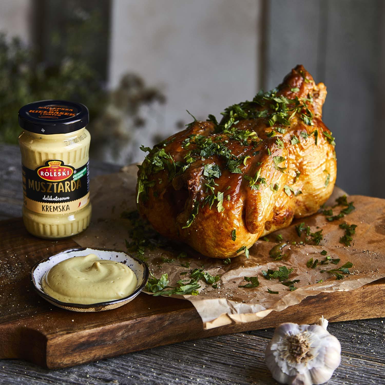 Kurczak pieczony w całości w marynacie musztardowo-miodowej
