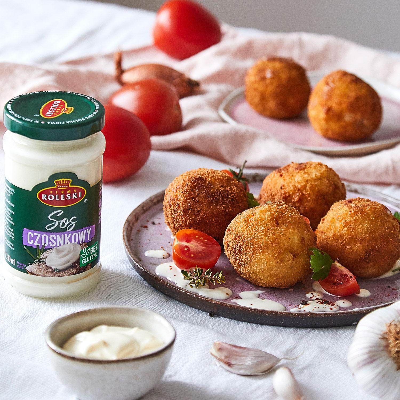 Arrancini – czyli sycylijskie kulki ryżowe z mozarellą i pomidorami